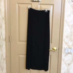 Dresses & Skirts - 🆕❤️Black slinky maxi skirt-EUC